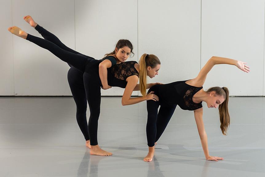 Lezione Danza Moderna Liceo Corautico Musicale Roma Eur