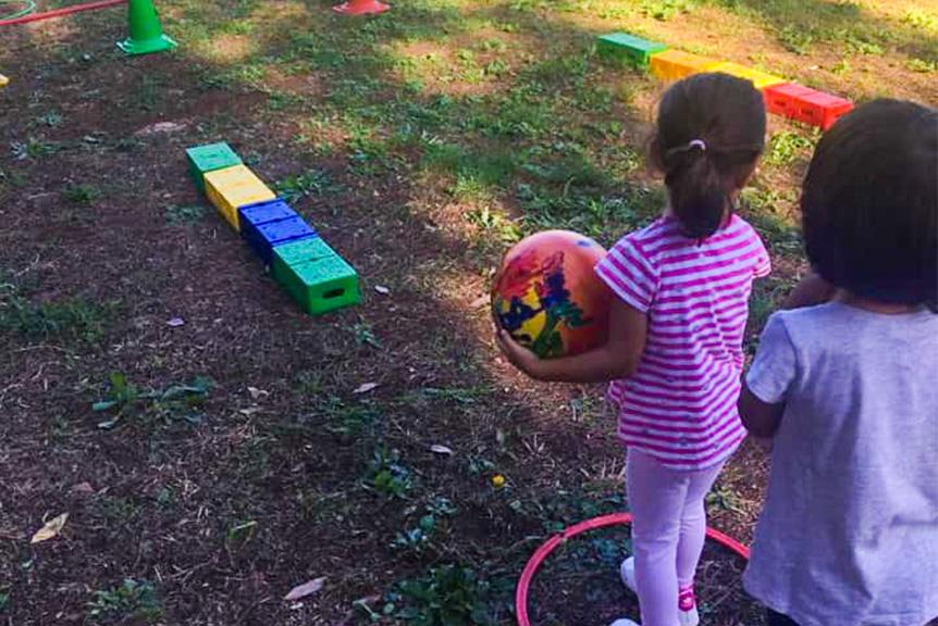 Scuola materna attivita motoria all'aperto seraphicum roma sud